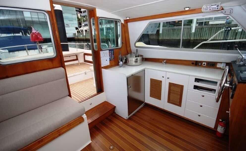 mv-salute-boat-sydney-2