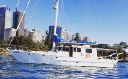 major tom boat sydney harbour